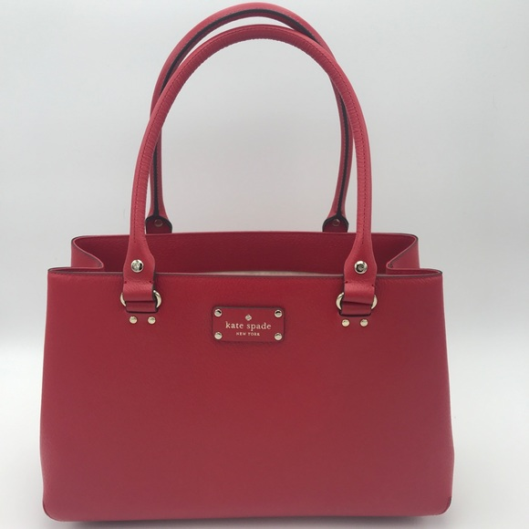 kate spade Handbags - NWT Kate Spade Purse